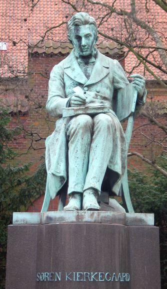 Kierkegaard Estatua